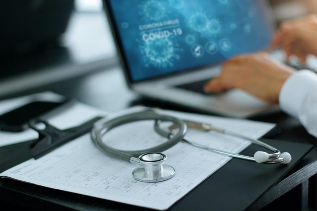 Praca placówki medycznej w obliczu epidemii koronawirusa